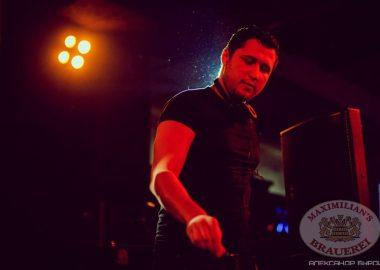 «Дыхание ночи»: DJСергей Рига, 13декабря2013