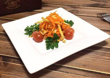 Морковь Ча с куриным филе