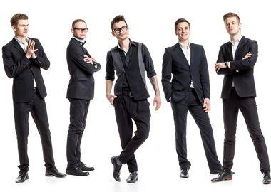Резиденты «Максимилианс» Екатеринбург, победители Maximilian's Band 2016 группа «Каникулы»