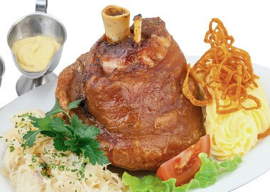 Pork knuckle with crispy crust