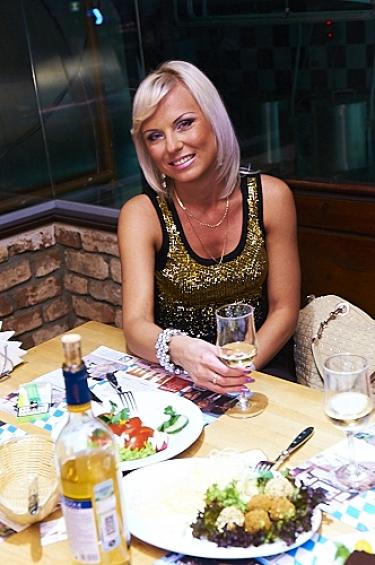 День радио, 8 мая 2011 - Ресторан «Максимилианс» Казань - 09