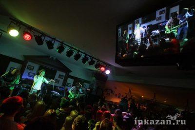 «Фруктовый кефир» и «Маша и Медведи», 1 сентября 2010 - Ресторан «Максимилианс» Казань - 08