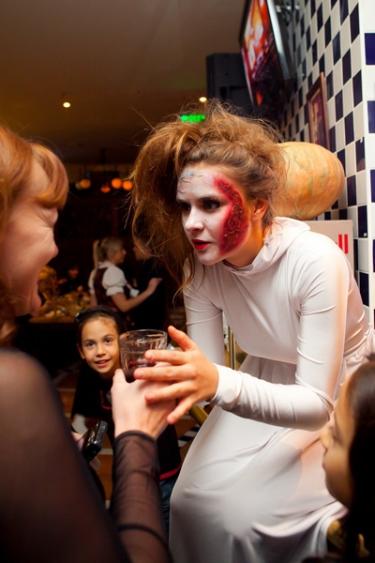 Halloween, 29 октября 2011 - Ресторан «Максимилианс» Казань - 01