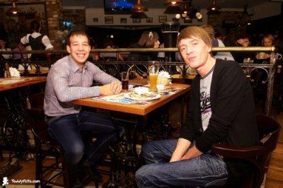 Jukebox Trio, 3 ноября 2010 - Ресторан «Максимилианс» Казань - 02