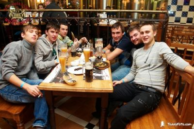 «Жуки», 21 ноября 2010 - Ресторан «Максимилианс» Казань - 02