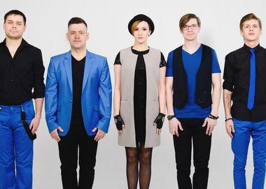 Резиденты «Максимилианс» Екатеринбург, победители Maximilian's Band 2017 кавер-группа «Мьюзли»
