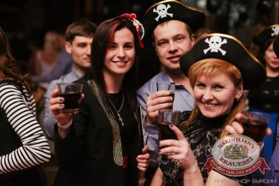 Новогодняя ночь: пираты Карибского моря. Специальный гость — ВИА «Волга-Волга» в «Максимилианс» Челябинск, 1 января 2016 - Сеть ресторанов «Максимилианс» - 22