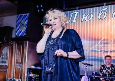 Вечеринка «Ретро FM»в«Максимилианс» Челябинск. Специальный гость: Маргарита Суханкина, 24мая2018