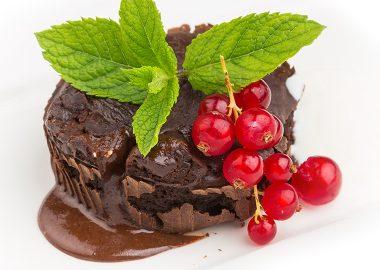 Какао кейк из йогурта, овсяной муки и какао