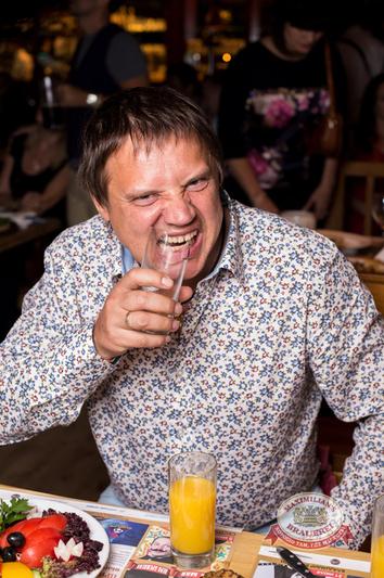 День рождения ресторана: два года! Специальный гость — Вера Брежнева, 28 мая 2014 - Ресторан «Максимилианс» Самара - 10