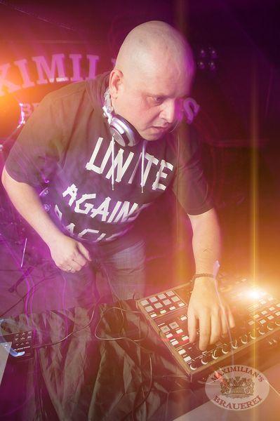 «Dыхание ночи»: DJ Сергей Фисун, 22 ноября 2013 - Ресторан «Максимилианс» Самара - 01