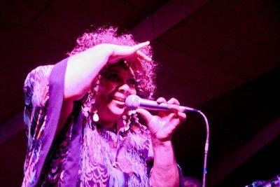 Эйда Дайер (США) и The «A» Band, 18 ноября 2012 - Ресторан «Максимилианс» Самара - 01