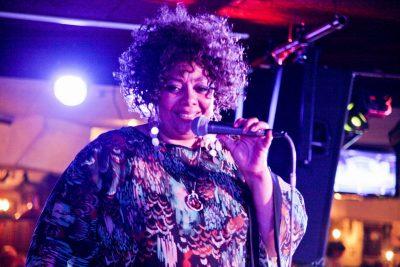 Эйда Дайер (США) и The «A» Band, 18 ноября 2012 - Ресторан «Максимилианс» Самара - 02