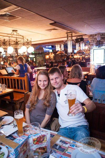 Старт 203-го фестиваля живого пива «Октоберфест», 20 сентября 2013 - Ресторан «Максимилианс» Самара - 14