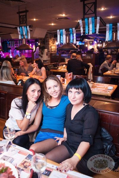Старт 203-го фестиваля живого пива «Октоберфест», 20 сентября 2013 - Ресторан «Максимилианс» Самара - 19
