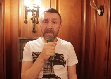 Сергей Шнуров поздравляет «Максимилианс» Тюмень соткрытием —6 ноября2014!