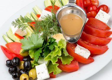 Ассорти овощное по-гречески