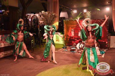Новогодняя ночь: восточные сказки. Специальные гости — «Мамульки bend», 1 января 2016 - Ресторан «Максимилианс» Уфа - 11