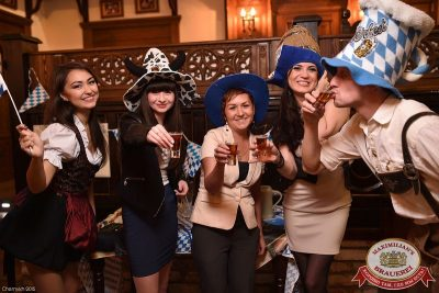 Октоберфест: Фестивальный уикенд. Выиграй тонну пива! 2 октября 2015 - Ресторан «Максимилианс» Уфа - 05