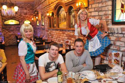 Старт 203-го фестиваля живого пива «Октоберфест», 20 сентября 2013 - Ресторан «Максимилианс» Уфа - 06